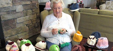One woman & 500 Toques for the Homeless