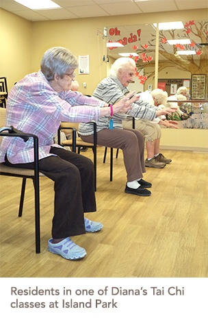 picture of residents in one of Diana's Tai Chi classes